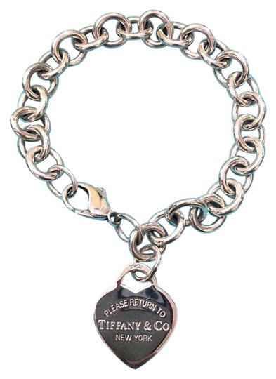 Preload https://img-static.tradesy.com/item/21606960/tiffany-and-co-sterling-silver-return-to-heart-tag-75-bracelet-0-1-540-540.jpg