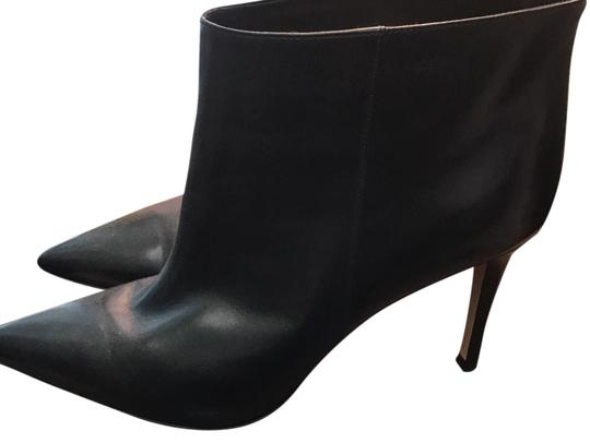 Preload https://img-static.tradesy.com/item/21606970/gianvito-rossi-black-pointed-toe-ankle-bootsbooties-size-us-9-regular-m-b-0-3-540-540.jpg
