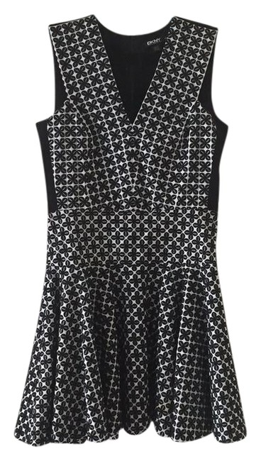 Preload https://img-static.tradesy.com/item/21607517/dkny-black-and-white-mid-length-workoffice-dress-size-8-m-0-1-650-650.jpg