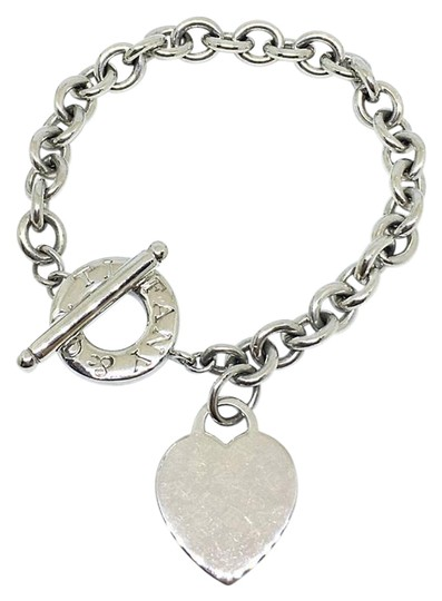 Preload https://img-static.tradesy.com/item/21607551/tiffany-and-co-sterling-silver-rare-size-heart-and-toggle-825-bracelet-0-1-540-540.jpg
