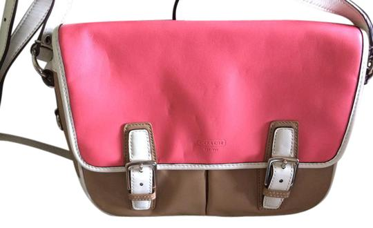 Preload https://img-static.tradesy.com/item/21607742/coach-park-colorblock-flap-f23383-rosetaupecreme-leather-cross-body-bag-0-1-540-540.jpg