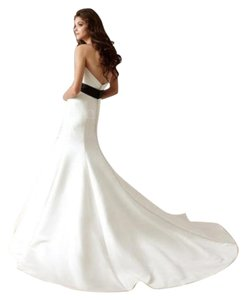 Jasmine Couture Bridal Ivory Satin F470 Formal Wedding Dress Size 6 (S)