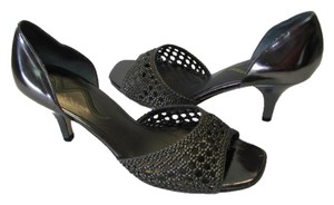 Nina New Size 9.50 Medium GUNMETAL Sandals