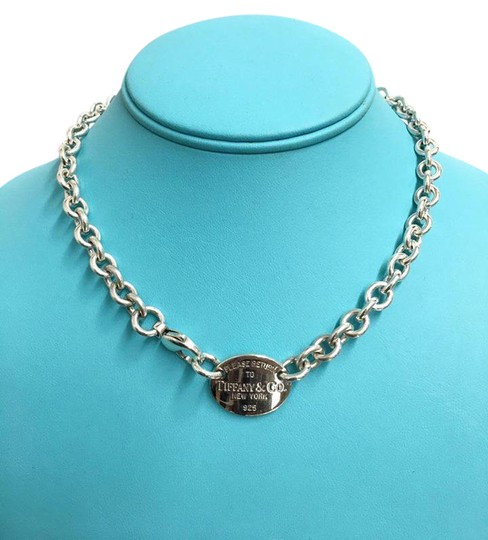 Preload https://img-static.tradesy.com/item/21607801/tiffany-and-co-sterling-silver-return-to-oval-tag-choker-155-necklace-0-1-540-540.jpg