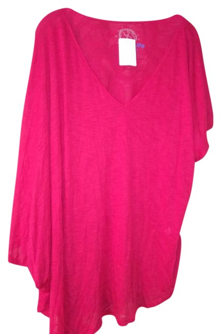 Preload https://img-static.tradesy.com/item/21608438/blue-life-red-made-in-california-oversized-tunic-size-8-m-0-1-650-650.jpg