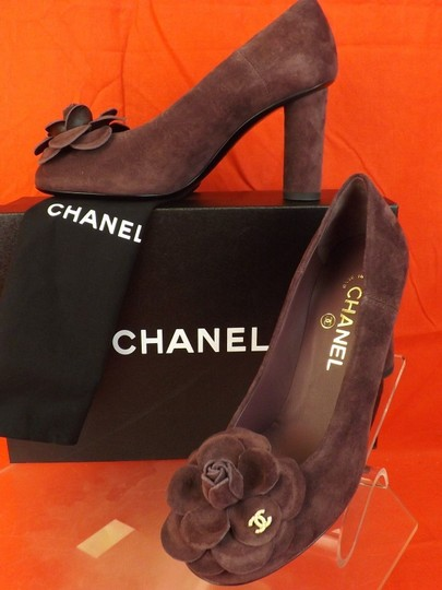 Chanel Burgundy Pumps
