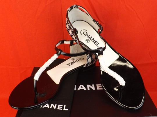 Chanel White / Black Flats