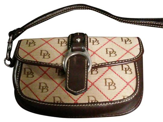 Preload https://img-static.tradesy.com/item/21608632/dooney-and-bourke-browns-tans-and-red-cowhide-leather-wristlet-0-1-540-540.jpg