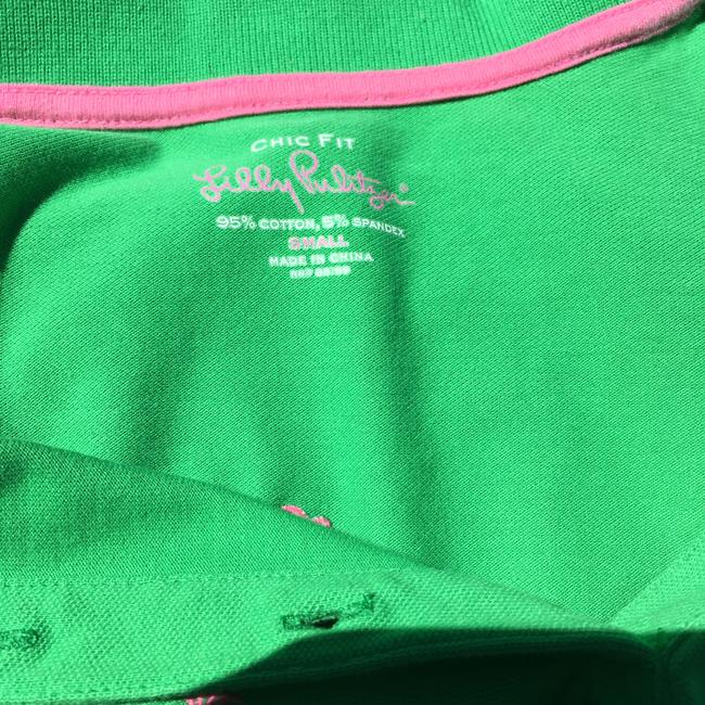 Lilly Pulitzer Palms 3 Button Polo Chic Fit Button Down Shirt Green / pink