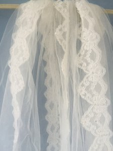 Lace Mantilla (-like) Cathedral Length Veil
