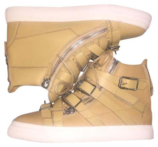 Preload https://img-static.tradesy.com/item/21610235/giuseppe-zanotti-tan-sneakers-size-us-8-regular-m-b-0-1-540-540.jpg