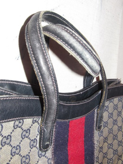 Gucci Speedy/Boston Early Xl Tote Or Excellent Vintage Red/Blue Satchel in shades of blue in large G logo coated canvas and navy leather with a wide red/blue stripei
