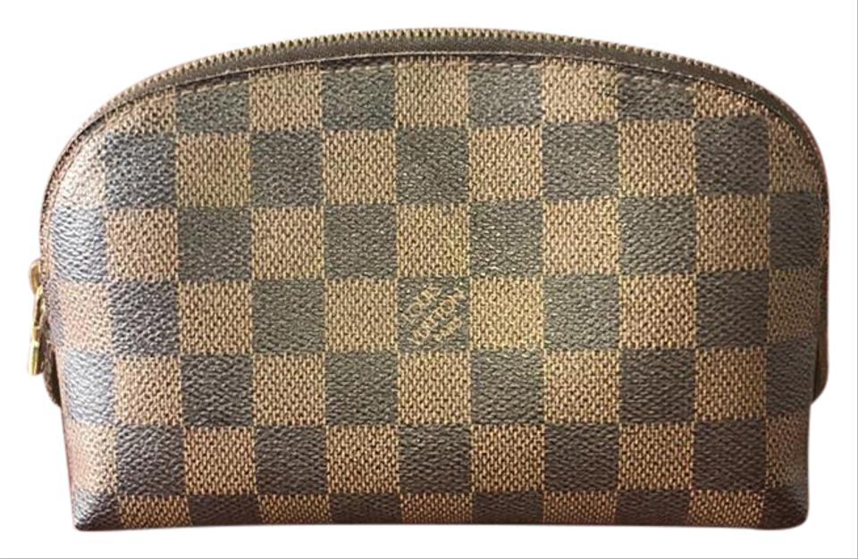 c020fbea Louis Vuitton Makeup Cases - Up to 70% off at Tradesy