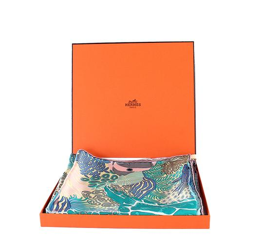 Hermès Hermes Scarf Under the Waves New in Box with Tags Image 6