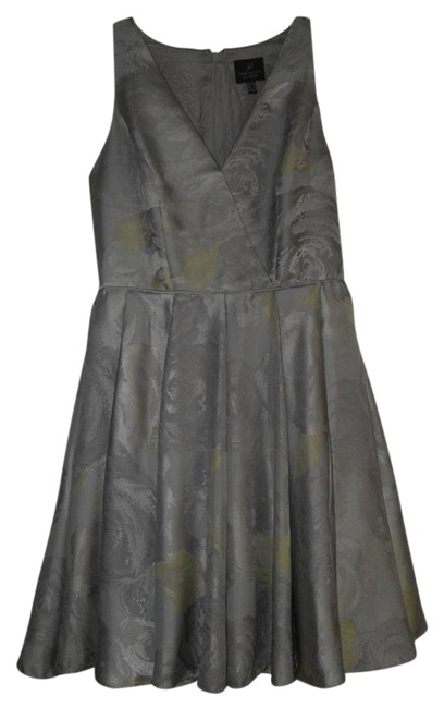 Item - Silver/Yellow Silver/Yellow Halter Floral Jacquard Pleated Short Cocktail Dress Size 8 (M)