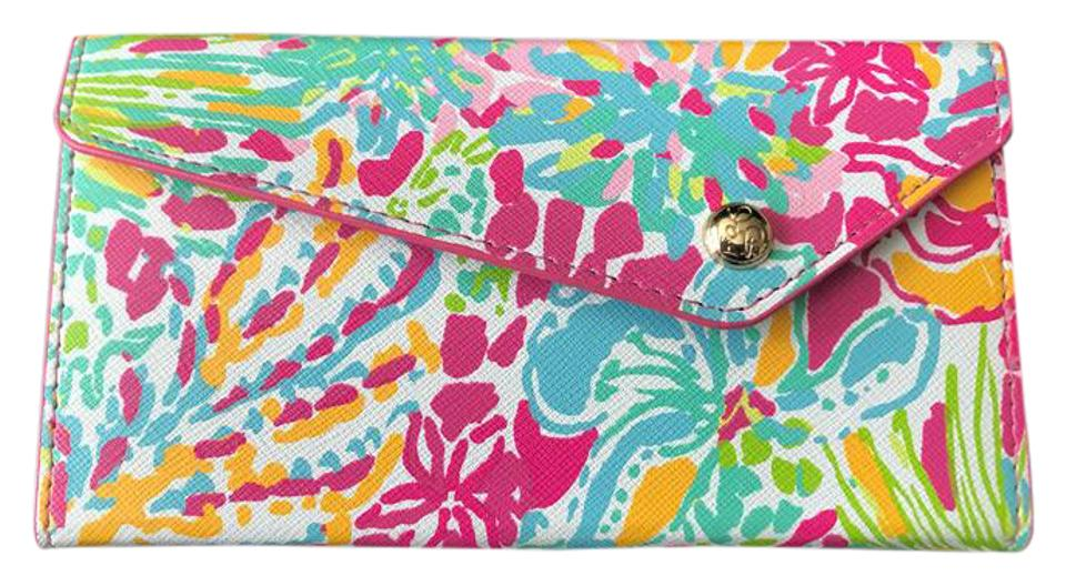 d5ee1704e2 Lilly Pulitzer Lilly Pulitzer Sunglass Case in Spot Ya Print BN Image 0 ...