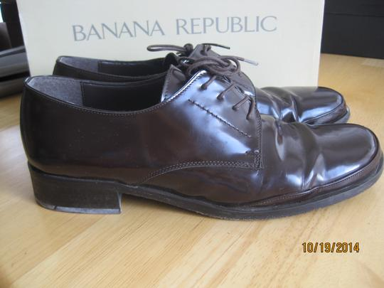 Banana Republic Brown Flats