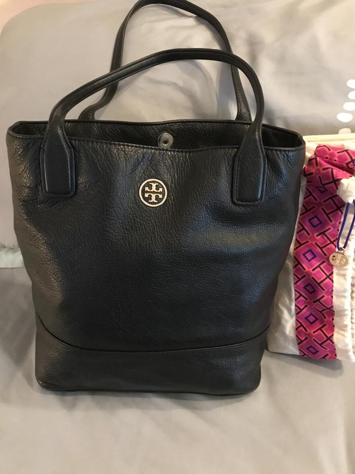 b5290bb99d1 Tory Burch Shoulder Pebbled Leather. Tote in Black Image 8. 123456789