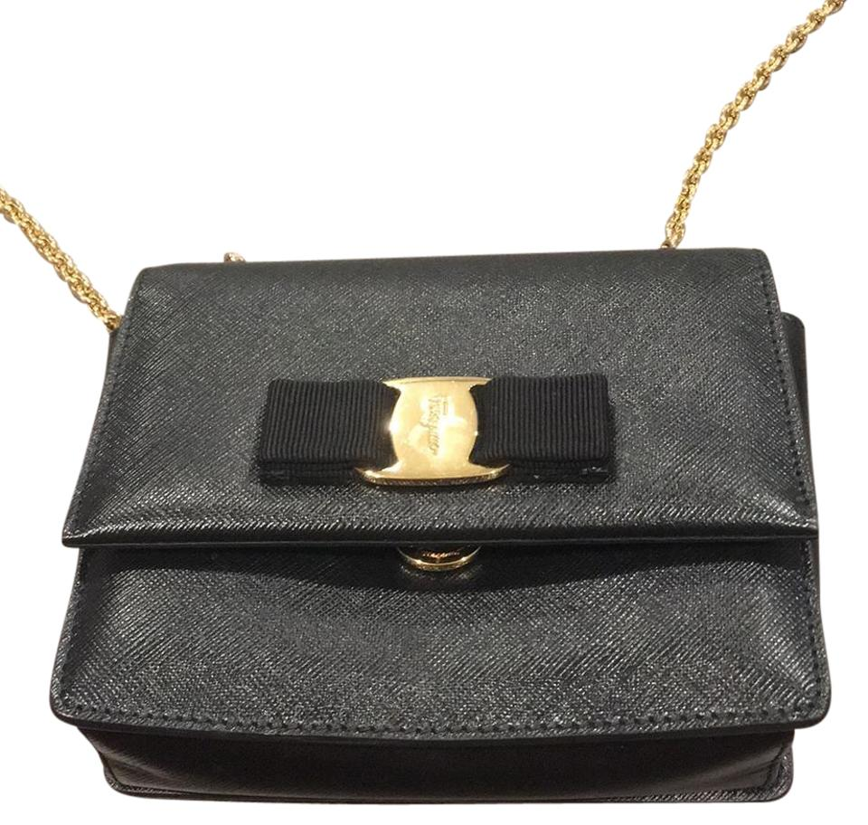 Calfskin Miss Crossbody Vera Chain Ferragamo Crosshatched Clutch Gold Salvatore with Black Bxw5Stnqz