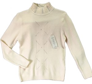 Xingyi Sweater