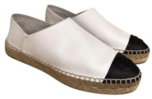 d1a0a95836b Chanel White 17p Black Leather Cc Double Sole Espadrille Mule Slide 36  Flats Size US 6 Regular (M, B)
