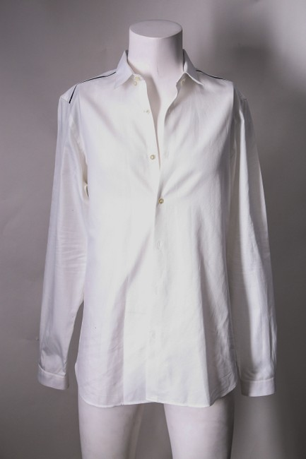 Item - White * Long Sleeves Fited Shirt