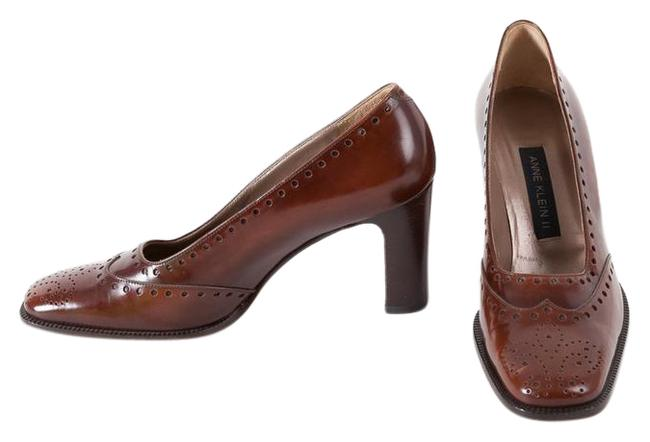 Item - Brown / Burgundy Like New Wingtip Pumps Size US 7 Regular (M, B)