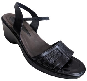 Dansko Comfortable Leather Elastic Open Toe Slingback Black Sandals