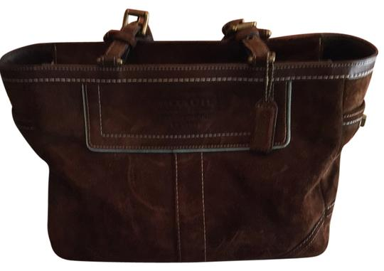 Preload https://item5.tradesy.com/images/coach-satchel-brown-2162749-0-0.jpg?width=440&height=440