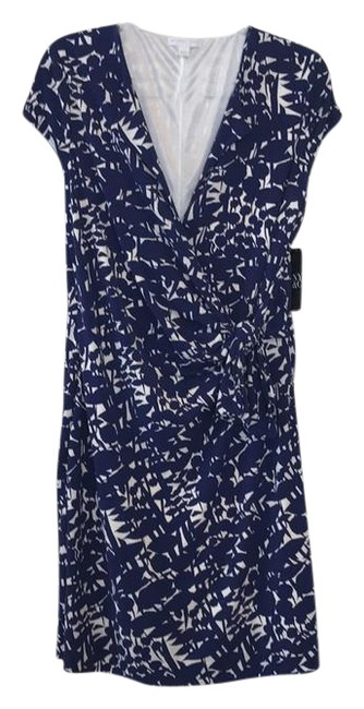 Preload https://img-static.tradesy.com/item/21628640/new-york-and-company-blue-wrap-short-casual-dress-size-12-l-0-1-650-650.jpg