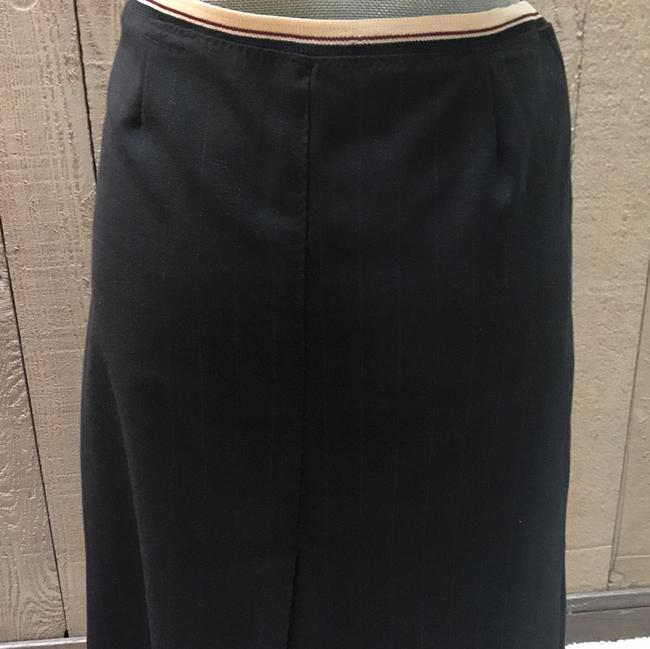 Sharagano Skirt black, almost nonnoticeable stripes