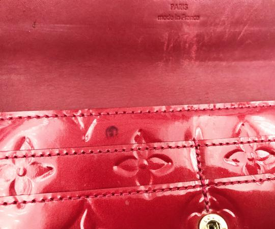 Louis Vuitton Louis Vuitton Red Vernis 'Pomme D'Amour' Monogram Sarah Long Wallet