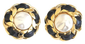 Chanel Vintage Faux Pearl Gold Tone Black Leather Clip On Earrings 2002