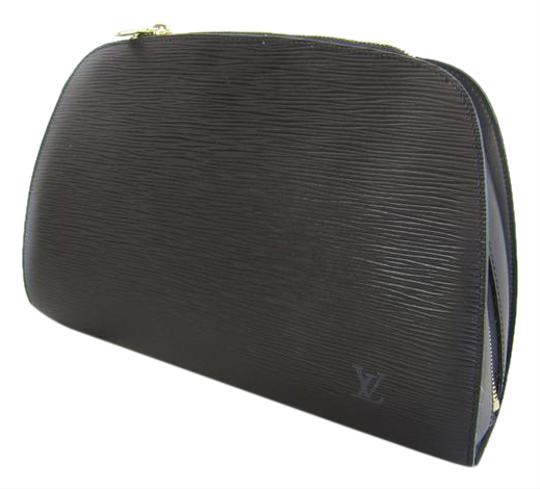 Preload https://item4.tradesy.com/images/louis-vuitton-black-dauphine-gm-clutch-cosmetic-bag-21629768-0-1.jpg?width=440&height=440