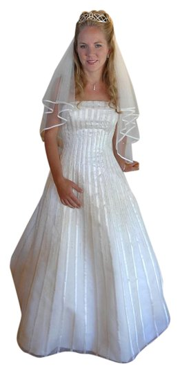 Preload https://img-static.tradesy.com/item/21629801/anjolique-ivory-organdy-and-satin-anjolique-style-603-waterfall-wedding-dress-11112145-0-0-tradition-0-1-540-540.jpg