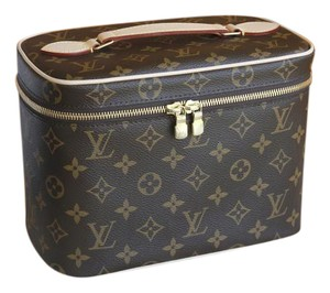 e6774f8be703 Louis Vuitton BRAND NEW - Nice BB Monogram Toiletry Make-up Beauty Cosmetic  Case