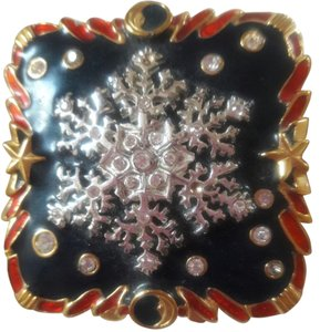 Bob Mackie Vintage Enamel and Crystal Snow Flake Signed Pill Box