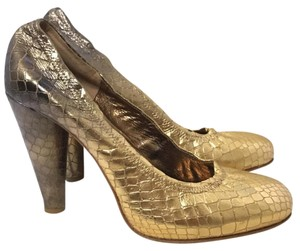 Twelfth St. by Cynthia Vincent Gold Bronze Pumps