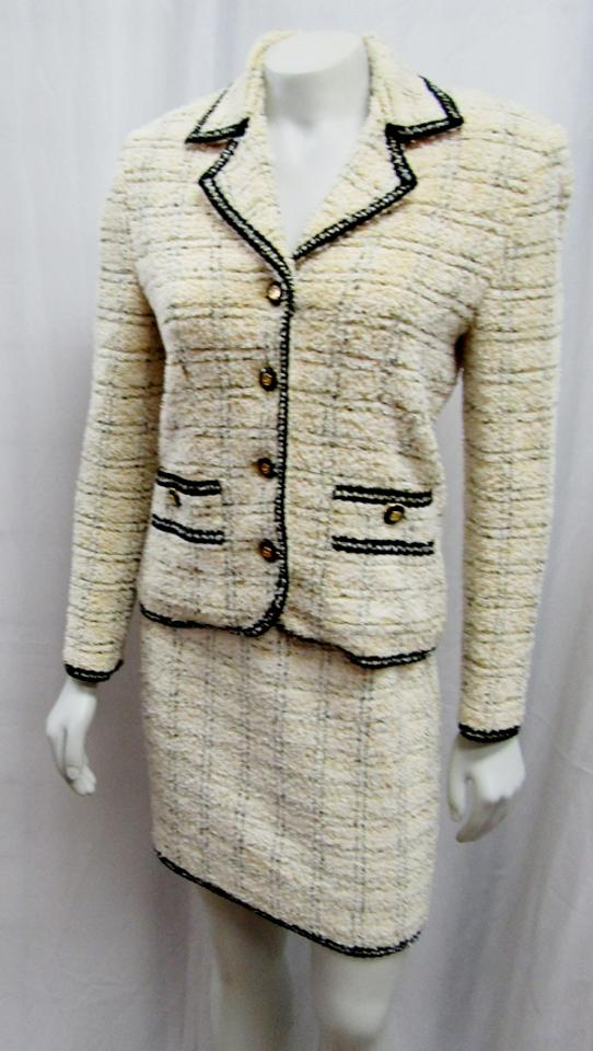 5179dbb4d7e7 St. John Yellow Collection Marie Gray Vintage 2pc Tweed Jacket Skirt Suit  Size 2 (XS) - Tradesy