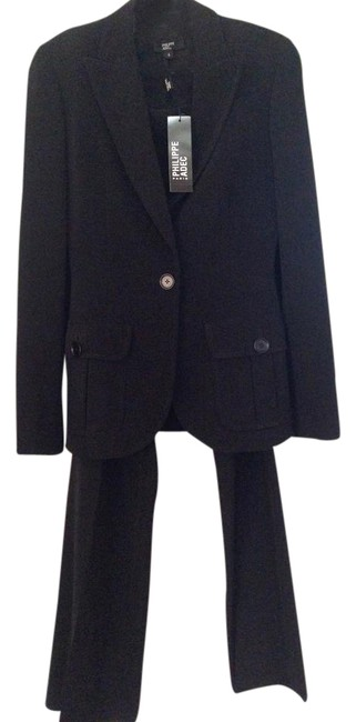 Preload https://item5.tradesy.com/images/black-pant-suit-size-4-s-21630859-0-1.jpg?width=400&height=650