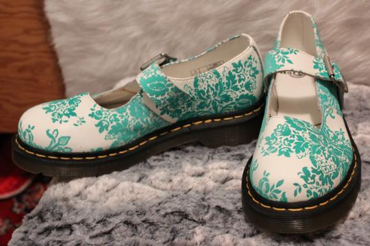 Dr. Martens White/Green Wedges