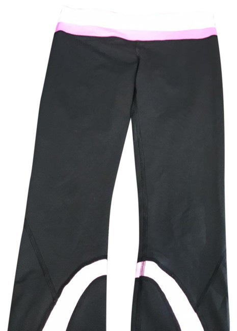 Preload https://img-static.tradesy.com/item/21631740/lululemon-x-activewear-leggings-size-2-xs-0-1-650-650.jpg