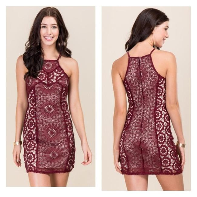 Preload https://img-static.tradesy.com/item/21631780/francesca-s-maroon-wine-cream-red-crochet-shift-short-cocktail-dress-size-6-s-0-0-650-650.jpg