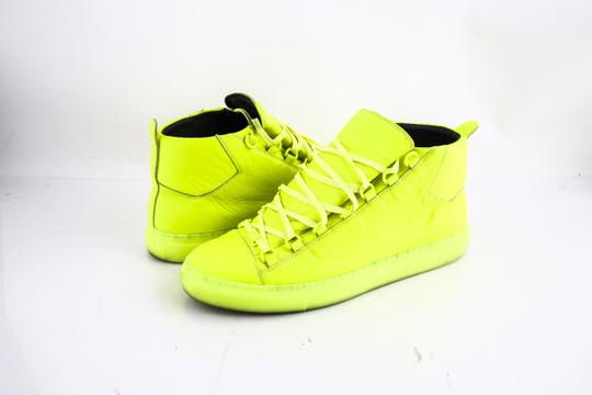 Preload https://item2.tradesy.com/images/balenciaga-neon-yellow-fluro-arena-leather-sneakers-shoes-21631986-0-0.jpg?width=440&height=440