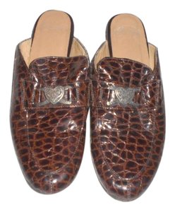 Justin Brown Mules