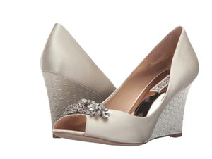 Badgley Mischka Dara Wedding Shoes