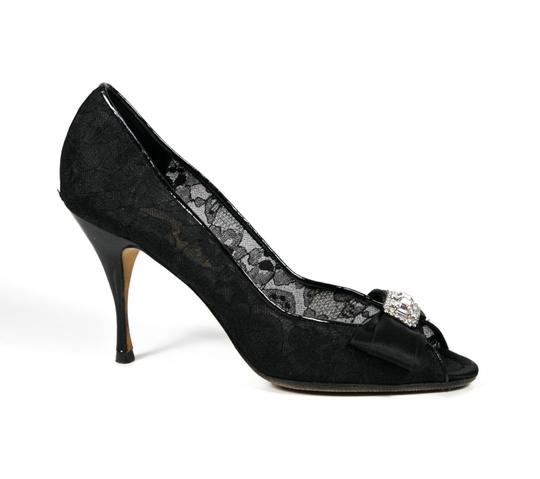 Dolce&Gabbana Lace Bow Crystal Stud Black Pumps