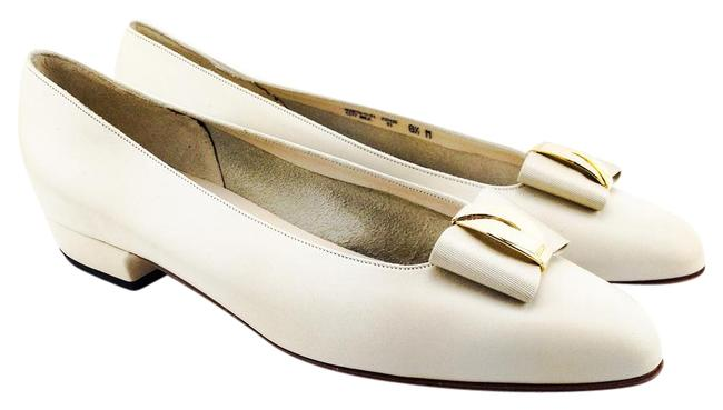 "Item - Cream ""Museta"" Leather with Bow Flats Size US 8.5 Regular (M, B)"
