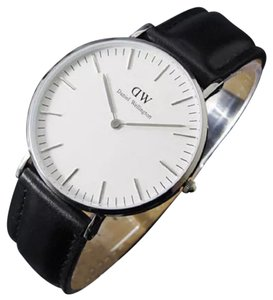 Daniel Wellington Daniel Wellington 0206DW Black and Silver Classic Watch 40mm