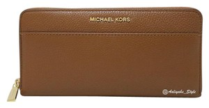 MICHAEL Michael Kors Michael Kors Mercer Pocket Leather Continental Wallet